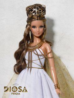 Barbie Dress, Barbie Clothes, Pretty Dolls, Beautiful Dolls, Barbie Hairstyle, Asian Doll, Bratz Doll, Barbie Collector, Barbie Friends