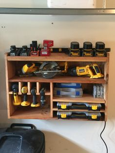 Helpful tips to create your new garage workshop. Power Tool Storage, Garage Tool Storage, Corner Storage, Workshop Storage, Garage Tools, Garage Organization, Organization Ideas, Storage Ideas, Power Tool Organizer