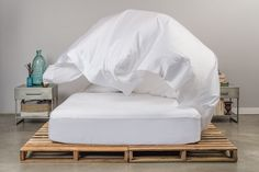 WHY MAKING YOUR BED MATTERS