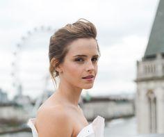 The It Girl Loves Emma Watson's Sustainable Fashion