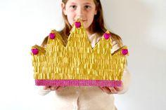 La couronne piñata - Carton - #pinata - Maman à Tout Faire