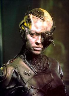 "Star Trek Voyager - Episode ""Scorpion II"" (Seven of Nine) - After Borg liberation - Jeri Ryan Star Trek Borg, Star Wars, Star Trek Voyager, Star Trek Characters, Female Characters, Akira, Trinidad, Aliens, Science Fiction"