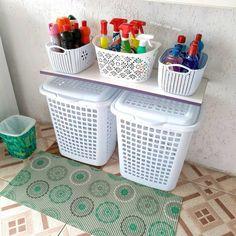 A imagem pode conter: área interna Laundry Decor, Laundry Room Design, Home Room Design, Interior Design Kitchen, Home Decor Furniture, Diy Home Decor, Diy Casa, Diy Kitchen Storage, House Rooms