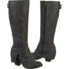 FERGIE BOOTS...I NEED these!!!! SANTA!!!! PLEASE!!!...I can't find them anywhere! :(