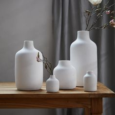Matte Terracotta Vase, Wide Mouth - Terrain Do you like these various sizes for dining room table or just one centerpiece? could be used with Lulu option Clay Vase, Ceramic Vase, Porcelain Tiles, Vase Centerpieces, Vases Decor, Decorating With Vases, Decorating Ideas, Decor Ideas, Terracotta