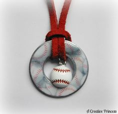 A Creative Princess: Baseball Washer Necklace.Michael's even had softball pony beads! Stamped Jewelry, Resin Jewelry, Jewelry Crafts, Beaded Jewelry, Baseball Crafts, Baseball Stuff, Baseball Mom, Baseball Outfits, Baseball Wreaths