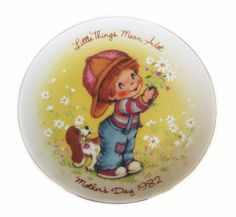 AVON Mother's Day Plate 1982 Little Things Mean a Lot  http://stores.ebay.com/The-Rolling-Wave?_trksid=p2047675.l2563