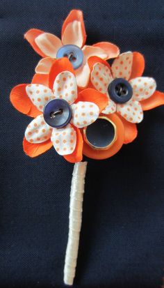 Flower  Button Buttonhole / Boutonnière Mens by IHeartButtonholes, £20.00    www.iheartbuttonholes.co.uk