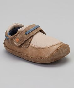 Kids need quality shoes that can keep up with tiny toes that are always moving, jumping and playing! This fashion-forward pair features supple suede construction, a cushioned rubber sole and a convenient hook and loop closure.