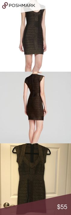 French Connection Black&Gold Bandage Dress Sz 4 French Connection cap-sleeve bodycon bandage dress in black/gold. In great condition, unfortunately no long fits! Back zipper detail. Size 4. French Connection Dresses Mini