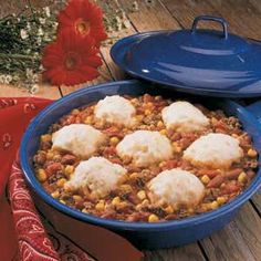 Ranch Stew  1 pound ground beef1 can (16 ounces) kidney beans, undrained1 can (15-1/4 ounces) whole kernel corn, undrained1 can (14-1/2 ounces) diced tomatoes, undrained1 cup biscuit/baking mix1/3 cup milk