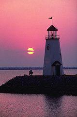Lighthouse on eastern shore of Lake Hefner