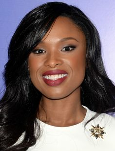 Oscar Winning Actress Jennifer Hudson arrives at Variety's Annual Power of Women event presented by Lifetime at the Beverly Wilshire Four Seasons Hotel on October 2013 Sexy Makeup, Kiss Makeup, Hair Makeup, Celebrity Beauty, Celebrity Look, Makeup And Beauty Blog, Fashion Beauty, Jennifer Hudson Hair, Beauty Trends