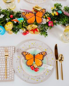 ideas easter brunch table decorations cute ideas for 2019 Brunch Bar, Brunch Decor, Brunch Buffet, Birthday Brunch, Easter Brunch, Brunch Table Setting, Table Settings, Christmas Brunch, Easter Celebration
