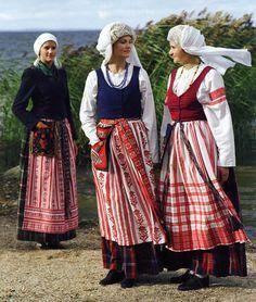 FolkCostume: Costume and embroidery of Lithuania Minor, Mažoji Lietuva, or Klaipeda region, Lithuania
