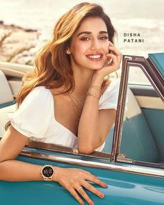 Bollywood Heroine, Bollywood Actress, South Indian Actress, Beautiful Indian Actress, Disha Patani Photoshoot, Disha Patni, Smile Pictures, Lehnga Dress, Jacqueline Fernandez
