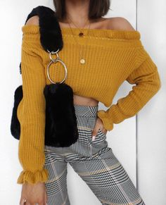 """6,264 gilla-markeringar, 57 kommentarer - Alicia Roddy (@lissyroddyy) på Instagram: """"Checked and yellow giving me major Clueless vibes 🍋 knit from @misspap use code LISSY30"""""""