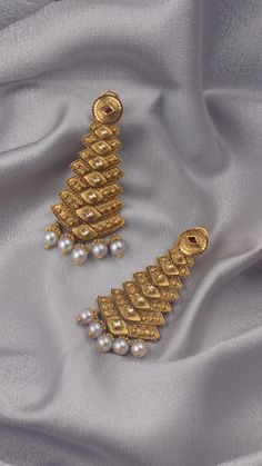 Azva 22kt gold earrings