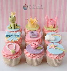Cute Princess & The Frog Cupcakes