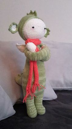 DIRK the dragon made by Simone P. / crochet pattern by lalylala
