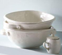 serving bowls w/ handles