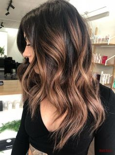 60 Hairstyles Featuring Dark Brown Hair with Highlights Chunky Shiny Bronde Highlights for Dark Hair Dark Brown Hair With Highlights Balayage, Brown Ombre Hair, Brown Blonde Hair, Light Brown Hair, Dark Hair With Color, Different Brown Hair Colors, Dark Hair With Lowlights, Dark Balayage, Ombre Bob