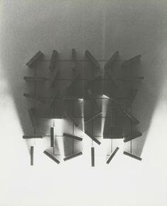 Dora Maurer, Sluices No12 A+B (A), 1980