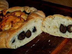 La buona cucina di Katty: Cuore di pane farcito di olive e pomodori secchi