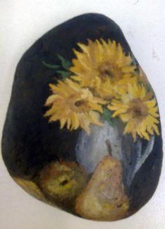 Ζωγραφική σε βότσαλο - Νεκρή φύση, Ηλιοτρόπια, Painted pebble - Dead nature, Sunflowers