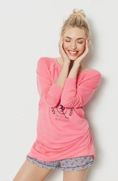 Summer Looks 2018 Ideas Picture Description Smile & relax. Sleepwear & Loungewear, Lingerie Sleepwear, Nightwear, Lounge Outfit, Lounge Wear, Cute Pjs, Look Magazine, Night Suit, Kinds Of Clothes