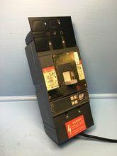 GE General Electric SGLB36BD0400 400A Spectra Circuit Breaker w 400 Amp Plug dmg