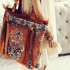 Palm Gypsy Vintage Tote, Vintage Native Rug Bags from Spool Boho Gypsy, Bohemian, Diy Handbag, Boho Bags, Gypsy Jewelry, Fabric Bags, Cute Bags, Braided Leather, Boho Fashion