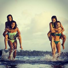I want to go to the beach with my best friends so badly! Best Friends Sister, Best Friend Goals, Best Friends Forever, Beach Friends, Best Friend Photography, Beach Photography, Bff Pictures, Beach Pictures, Polaroid Pictures