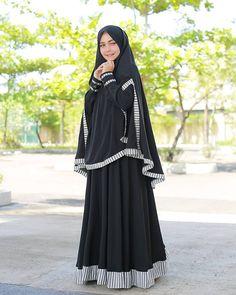 Niqab Fashion, Modern Hijab Fashion, Muslim Fashion, Fashion Dresses, Hijab Niqab, Mode Hijab, Muslim Dress, Hijab Dress, Tudung Shawl