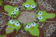 Simply Living and Loving Each Day:    Owl Cookies