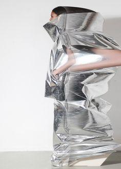 visual optimism; fashion editorials, shows, campaigns & more!: a new perspective: gareth pugh a/w 14