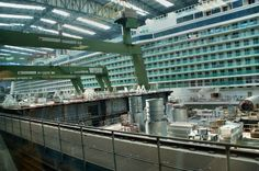 Quantum of the Seas (foregorund), caught by a tourist