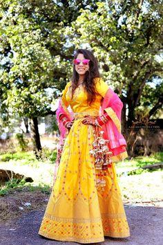 "Photo from Kailash Production Wedding Photography ""Wedding photography"" album Saree Gown, Lehenga Saree, Lehenga Wedding, Indian Wedding Photography, Indian Wedding Outfits, Wedding Preparation, Bridal Looks, Her Style, Beige"