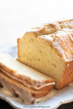 This moist and flavorful gluten free lemon pound cake is topped with a homemade lemonade icing. This cake is perfect for a party, recipe makes two cakes. Bursting with lemon flavors, this buttery cake Gluten Free Deserts, Gluten Free Sweets, Gluten Free Cakes, Foods With Gluten, Gluten Free Cooking, Dairy Free Recipes, Gluten Free Pound Cake, Gluten Free Party Food, Gluten Free Coffee Cake