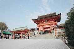 Fushimiinaritaisha.  Kyoto,Japan  2015.04.02