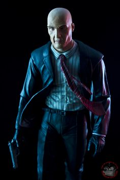 Agent 47 (Hitman) ~ ACTION FIGURES & COLLECTIBLES | FROM THE BASEMENT OF TATLOCK