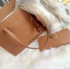 i love michael kors handbags #Michael #Kors #Handbags