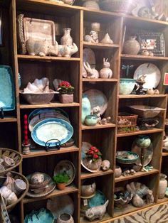 McCarty Pottery click now for info. Mccarty Pottery, Ceramic Pottery, Vintage Pottery, Handmade Pottery, Pottery Making, Contemporary Ceramics, Ceramic Design, Ceramic Artists, Decorating On A Budget