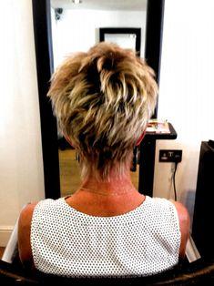 Pixie Haircut For Thick Hair, Short Thin Hair, Haircuts For Fine Hair, Short Hair Cuts, Pixie Haircuts, Pixie Cuts, Long Hair, Long Face Hairstyles, Hairstyles For Round Faces