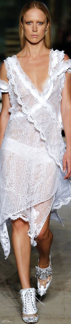 Givenchy Spring 2016 RTW