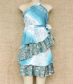 Toda beleza das saias kari artesanais indianas só que... curtas!  Por R$ 5700. Várias cores e estampas.  Peça a sua por mensagem ou pelo nosso Whatsapp: 13 98216 6299