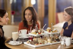 Jumeirah Lowndes Hotel, London - Lowndes Bar & Kitchen - Lifestyle, group enjoying afternoon tea
