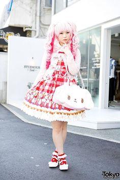 I'm loving this dress