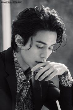 Asian Actors, Korean Actors, Lee Dong Wook Wallpaper, Lee Dong Wok, Male Pose Reference, Park Hae Jin, Park Bo Gum, Gumiho, Korean Star