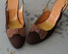 CLOSING SALE Vintage D'Antonio Copper Brown Embellished Beaded Bow Slingback Heels / Size 8
